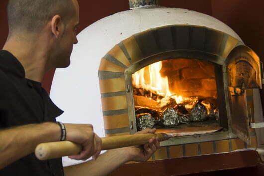restaurante-camping-los-bermejales-pizzas