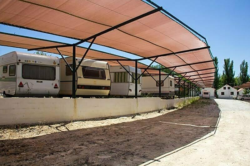 camping-bermejales-parking-caravanas-01