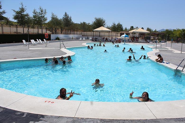 camping-con-piscina (8)