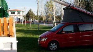 parcela-cesped-camping-bermejales-100m2-1