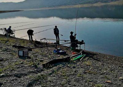 camping-naturaleza-para-pesca-deportiva