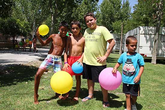 servicios-camping-rural-bermejales-animacion-infantil-(7)